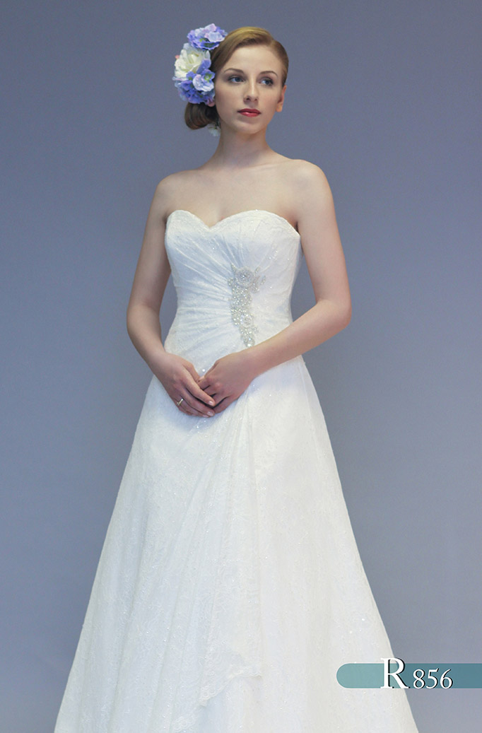 a390a7654d9 White Rose - Pink Confetti Brides Leicestershire